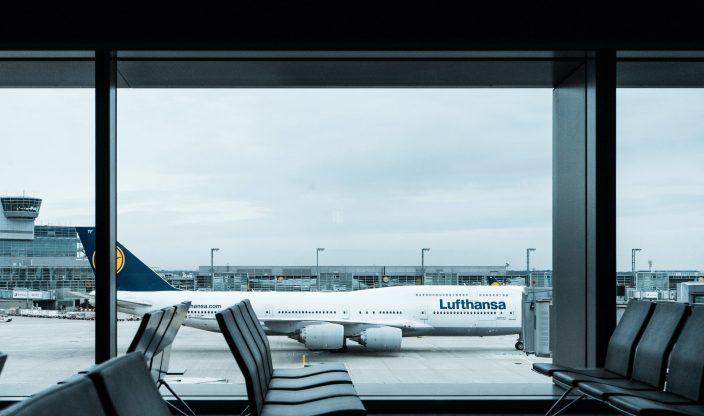 Flughafenterminal am Gate